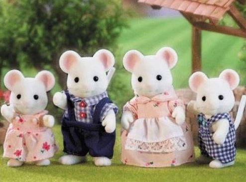 Набор Sylvanian Families: Семья Белых мышей