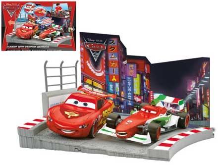 Тачки (Cars): Набор для сборки Делюкс «Финишная прямая»